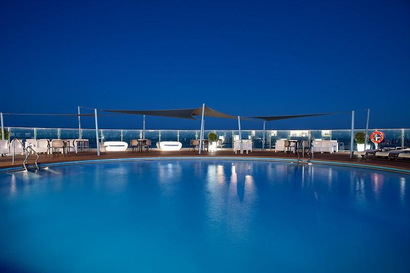 Hotel El Puerto   Piscina   By Pierre & Vacances